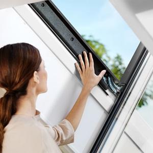 Біле дерев'яне вологостійке вікно в поліуретаніGGU 0070